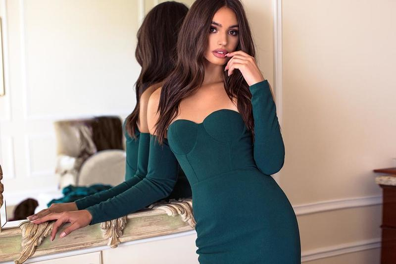 Long Sleeved Dresses Best for Events During Cold Months